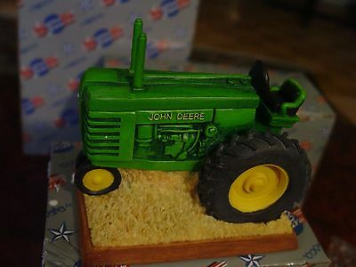 john deere decorative collectibles covered box, 1999 but brand new