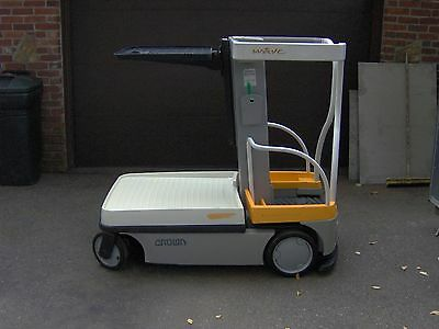 Crown Wave Model WAV50-118 Personnel Lift- ONLY 63 Hours !! - NICE!!!!