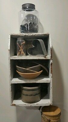 Old Painted Antique Primitive Hanging Cubby Box For Your Primitive Wares. .aafa