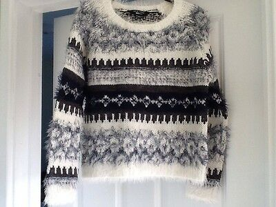 Girls Jumper, New Look 915, Age 10-11