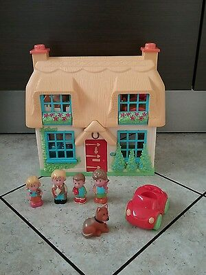 ELC Happyland  House / Rose Cottage, 4 characters  and  car
