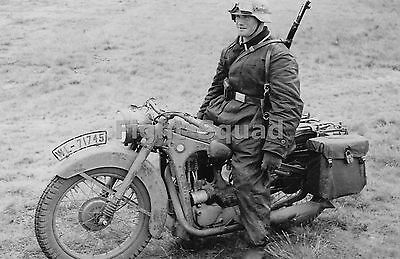 WW2 Picture Photo Germany 1941 German Luftwaffe motorcycle on BMW R35  1513