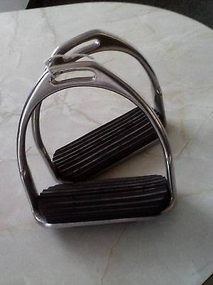 Stirrups with rubber tread