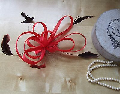 Feathers & crin red clear comb fascinators wedding prom BNWT RRP £18