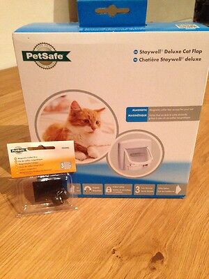 Staywell Deluxe Cat Flap with Two Spare Magnetic Collar Keys