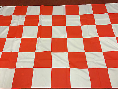 """Chequered Flag Red And White Large Flag 5ft X 3ft 60"""" x 36"""""""