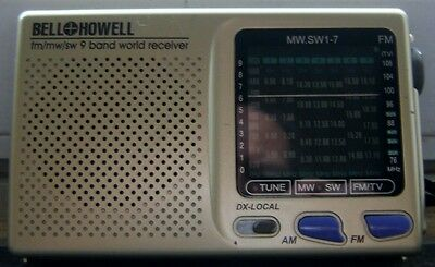 Bell+Howell FM/MW/SW 9 Band World Receiver Works,Good-Shape.