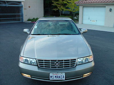 2004 Cadillac Seville SLS Sedan 4-Door 2004 CADILLAC SEVILLE SLS WITH NO RESERVE