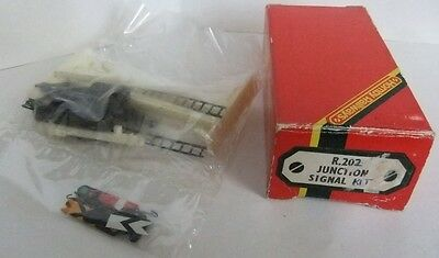 HORNBY RAILWAYS R202 Signal Junction Kit - Home and Distant (Boxed)