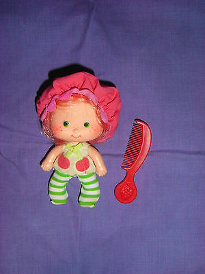 Vintage Strawberry Shortcake Cherry Blossom Doll And Comb