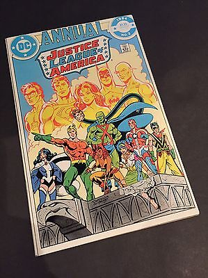 Justice League Of America Annual 2 - 1st Appearance Vibe - Flash Tv Show