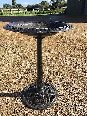 Vintage Decorative Metal Garden Patio Ornamental Cast Iron Bird Bath