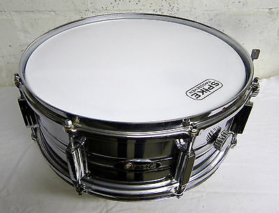 Sehr alte Snare Pearl 14 x 5,5 Metall, Vintage