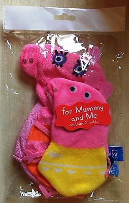 BNIP New Peppa Pig 2 Wash Mitts -One for Mummy (mummy pig) & One for You (Peppa)