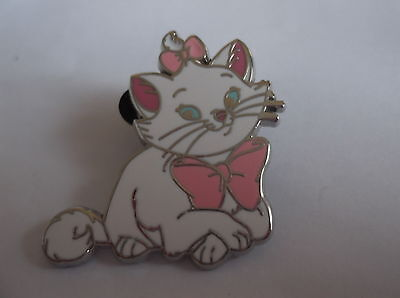 Disney's Marie From The Aristocats  Pin Badge