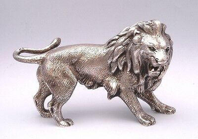 AMAZING SOLID SILVER LION. WEIGHT: 613 grams / 21 ounce
