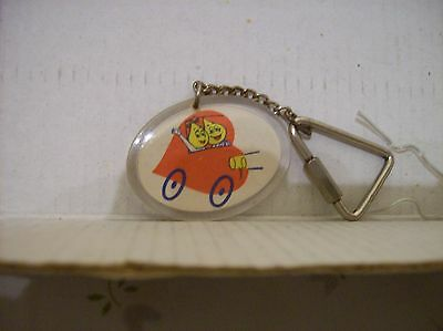 Vintage ESSO Mr & Mrs OIL Drop Driving Car Key Chain f. Brazil. Very NICE!
