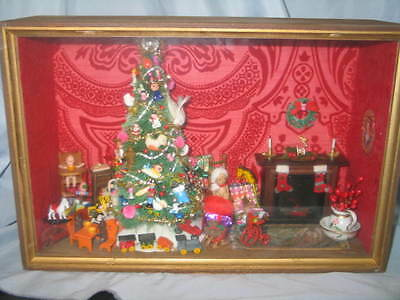 Wonderful Christmas Shadow Box For Your Doll Display