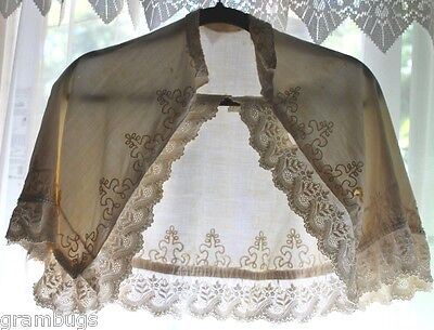 Vintage Childs Cape In White With Embroidery,Lace & Trim