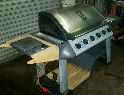 6+1 Burner Gas Barbecue BBQ (fully working order)