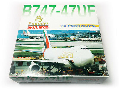 Dragon Wings Emirates SkyCargo Boeing 747-400F 55318 1:400 Scale