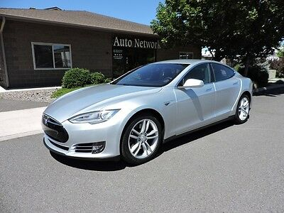 2015 Tesla Model S 85D 2015 Tesla 85D Model S 25K in Options!