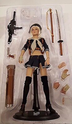 Sucker Punch Babydoll Sixth Scale Figure by Hot Toys