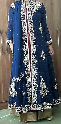 BEAUTIFUL Three piece Asian/ Indian suit- perfect for weddings!! RRP £295!