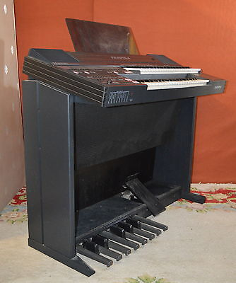 FARFISA TS 600 ELECTRIC ORGAN KEYBOARD collection only