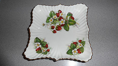 "VINTAGE HAMMERSLEY & CO. STRAWBERRY RIPE 6""x6"" GOLD GILT RIMMED SERVER"