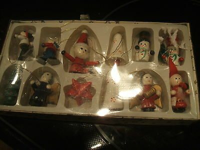 Vintage Wood Taiwan Hand Painted Miniature Christmas  Ornaments new in box