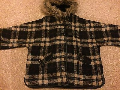 Gorgeous Girls Matalan Wool Check Cape Coat Fur Hooded 8-9 Excellent Condition