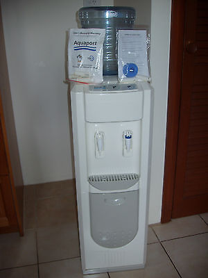 Aquaport free standing full size water cooler. as new, Melb 3088.