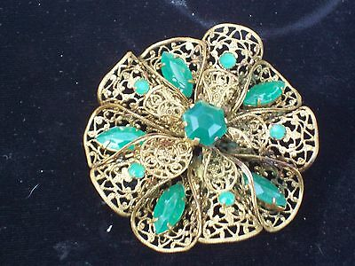 """Signed CZECHOSLOVAKIA Beautiful GOLD Tone VINTAGE Brooch with GREEN Stones 2.5"""""""
