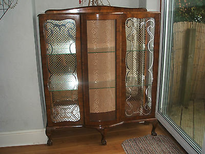Antique Display Cabinet With  Glass Locking Doors  / Mirror