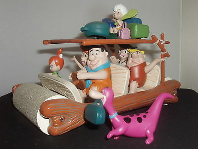 1/18 The Flinstones Flintmobile With Figures A Very Rare Collectable