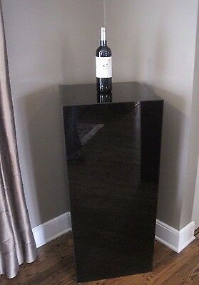 Sleek Estate Black Laminate Pedestal # 1, Extra Large
