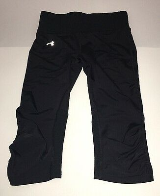 Under Armour Womens Black Athletic Fitted Yoga Capri Leggings Size S