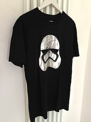 Star Wars A Force For Change  Force Awakens - Limited Edition T Shirt (Size L)