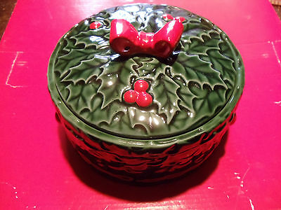 VINTAGE LEFTON GREEN HOLLY BERRY COVERED ROUND CHRISTMAS CANDY DISH Japan  #6000