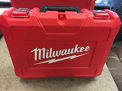 "Milwaukee 2407-22 M12 12V 3/8"" Drill Driver Kit *Free Shipping*"