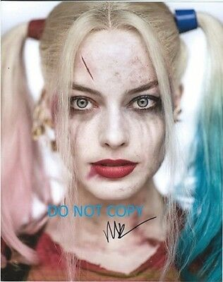 Hand Signed By Margot Robbie With Coa Rare Suicide Squad Autographed 8X10 Photo