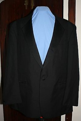 """Men's Dinner jacket  46"""" chest by Skopes Great condition"""