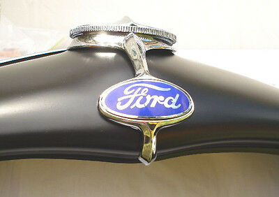 Ford 1932 Radiator Shell Dress Up   Hot Rod Or Vintage