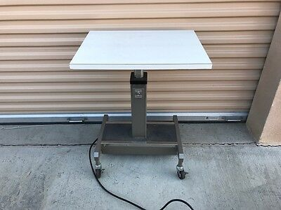 Topcon Single Instrument Power Table