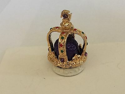 """A Hand Painted Pewter Thimble of the """"Royal Crown"""""""