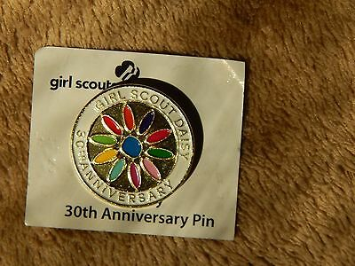 daisy girl scout 30th anniversary pin