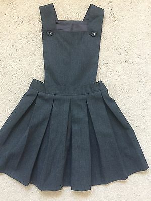 M&s Girls Grey School Pinafore Age 4 Immaculate