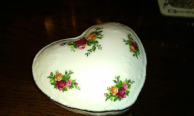 "Royal Albert ""Old Country Roses"" Large Heart-shaped Trinket Box"