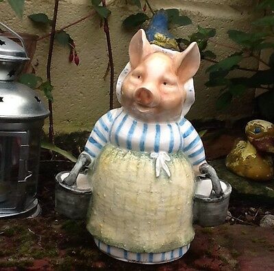 Porcelain Beatrix Potter.Aunt Pettitoes Money Bank.